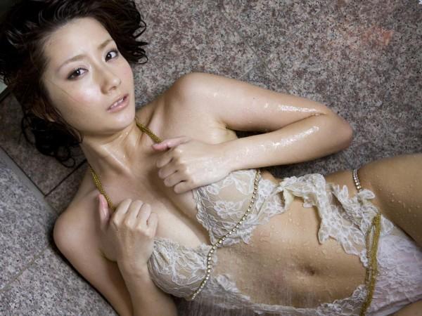 なんで人気ないの?シリーズ 中川杏奈の下着・メイドコス・グラビア水着画像画像28