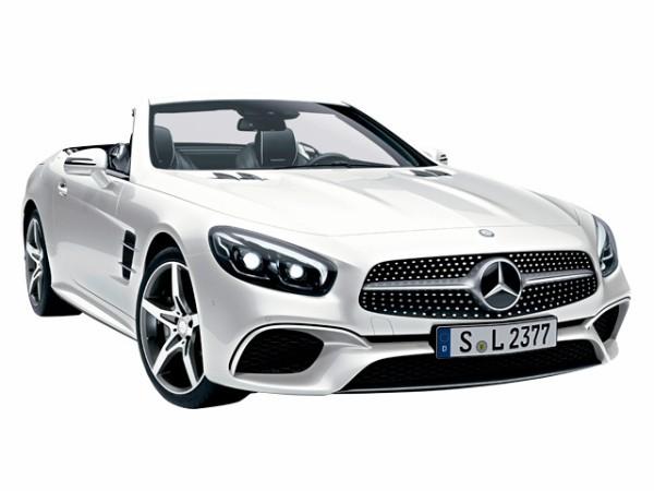 新車で300万出して中途半端な車買うより新車で800万した車を中古で300万円で買ったほうが良くね?