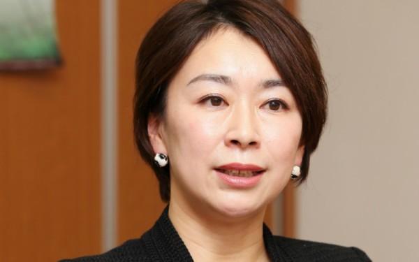 野党、選択的夫婦別姓法案を提出 山尾志桜里「選択を奪われている少数者の人権をしっかり保障する」