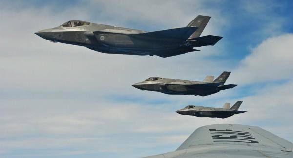 F-35、初実戦に投入