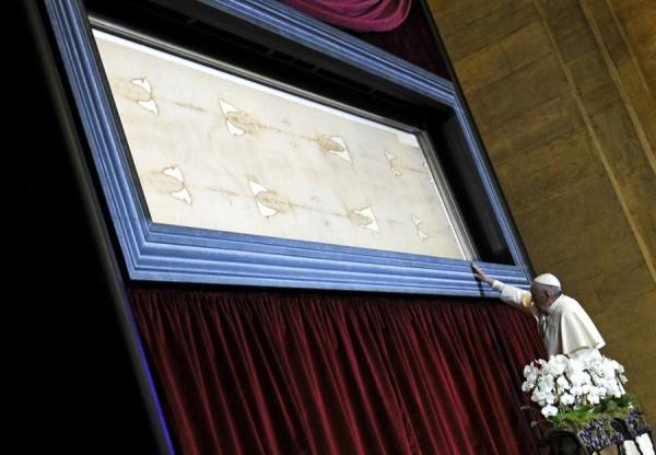 科学的分析の結果、「トリノの聖骸布」は偽物 カトリック教会「…」