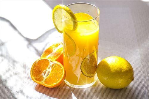 1日中ジュース飲んでるやつwwwwwwwwwwwwwwwwwwwwwwww