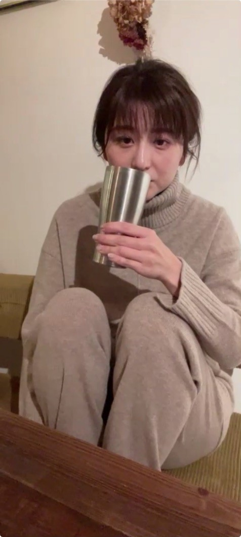 宇賀なつみアナ インスタライブでセクシー衣装生着替え!! : アナきゃ ...