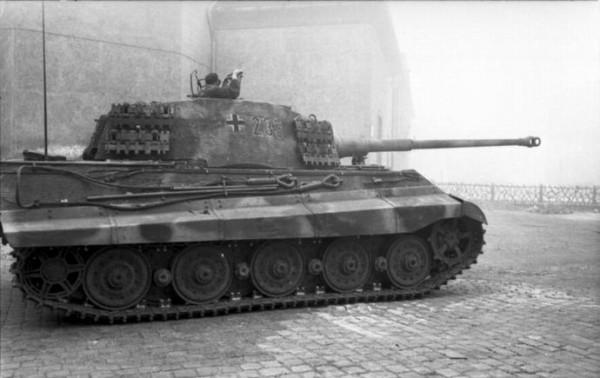 61式戦車vsティーガーⅡ戦車、勝つのはどっち?