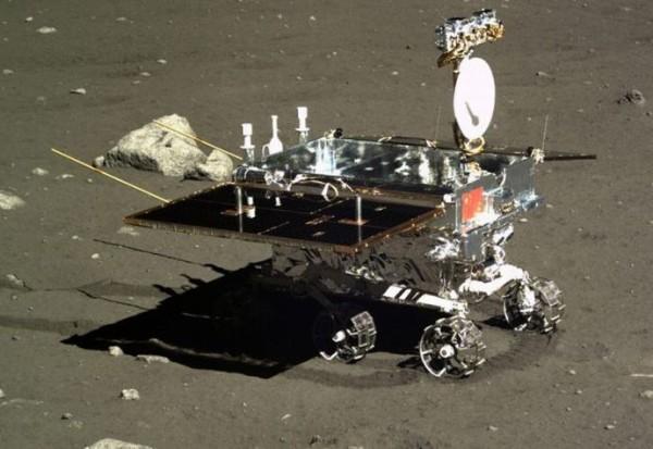 中国が年内に月の裏側に無人探査機を送り込む「嫦娥計画」…昆虫と植物を送って「生態系」確立も!