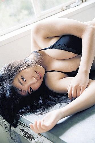 【過激露出】元Dream5大原優乃(17)、初水着グラビアでFカップボディー披露 「ようかい体操」少女が成長