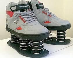 靴に詳しいヤツ来い。最近のマラソンシューズがインチキになってる