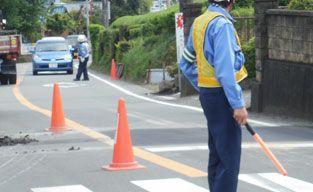 求人倍率99.9倍!深刻な交通誘導員の不足、工事中止になる現場も 週6日勤務で月給20万円以下