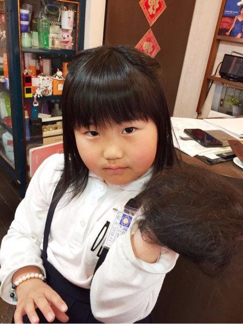 女の子 くせ毛 髪型 小学生
