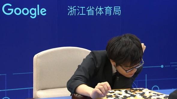 最強囲碁AI「AlphaGo」全勝 世界最強棋士も敵わず