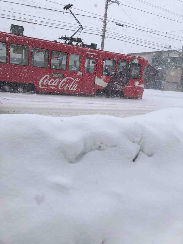 雪が よう に 積もる 降りしきる