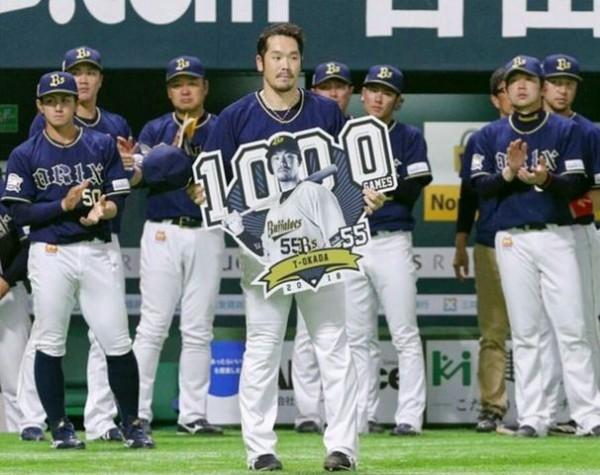 【悲報】T岡田が1000本打った時のオリックスベンチの雰囲気がヤバすぎると話題にしたい…