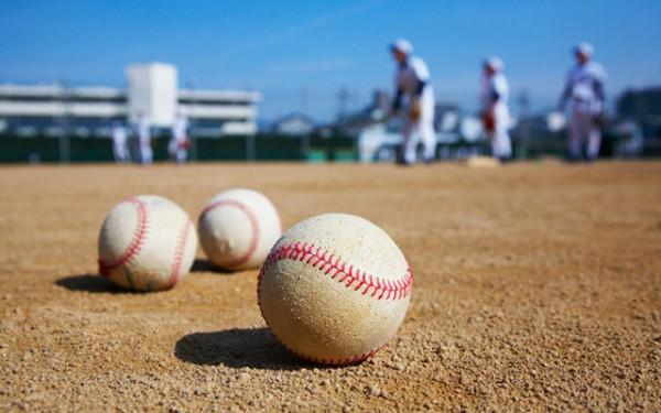いい歳して家族と野球観戦ってどう思う?