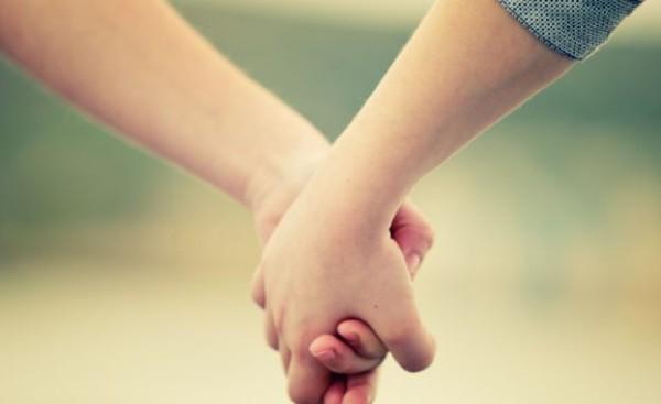 20歳~34歳の独身男女の約4割が「現在恋人がいる」