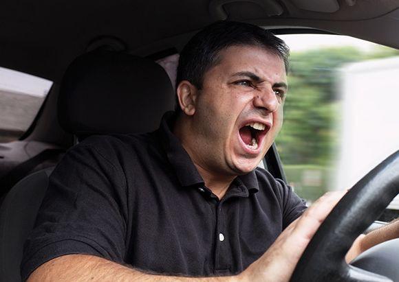 """運転中""""怒りやすい""""ドライバーの特徴とは?"""