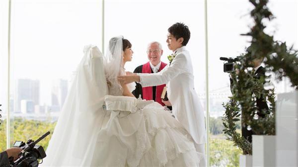 誓う 白い の を 花 ドレス 冠 世界 の 一 愛