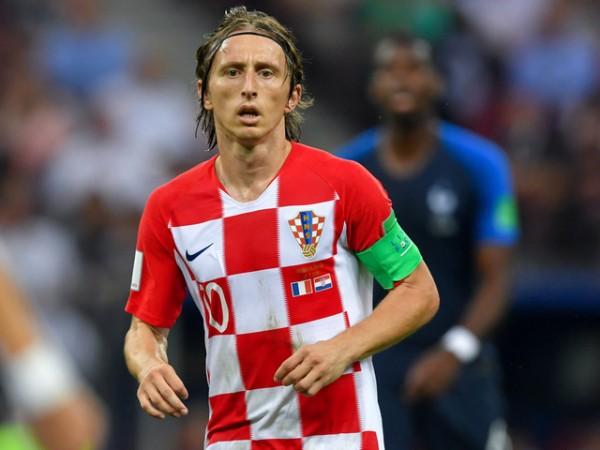 ◆ロシアW杯◆メッシ、ネイマール選外…FIFAが『W杯ドリームチーム』発表! ブラジルから最多3名