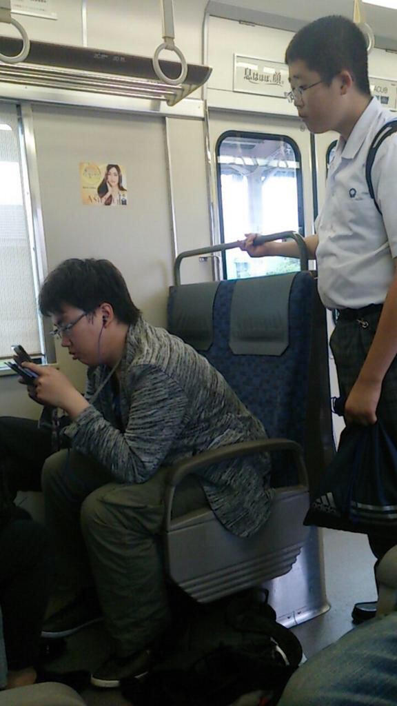 【朗報】まんこさん、駅でとんでもないことをする [無断転載禁止]©2ch.netYouTube動画>1本 ->画像>233枚