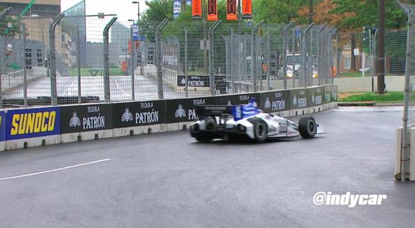 佐藤琢磨 リタイヤ 写真動画: インディカー・シリーズ第14戦 : F1通信