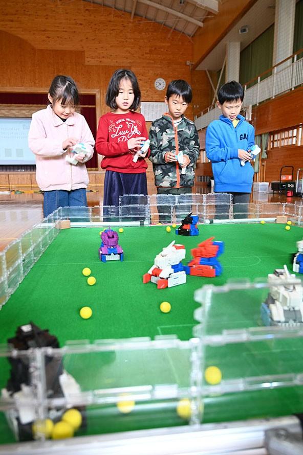 ミニロボチャレンジ教室』 ~富士市立伝法小学校~ : ミニロボ通信