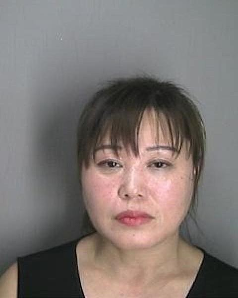 【米国】違法マッサージ容疑で韓人(コリアン)の女2人逮捕(写真あります)