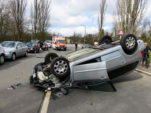 車 事故 夢 占い