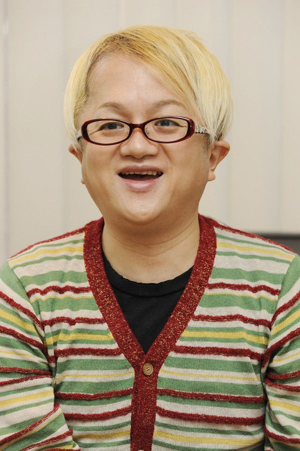 「米良美一 眼鏡」の画像検索結果