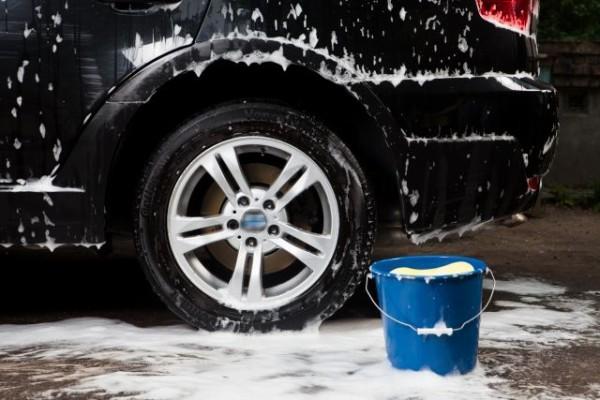 【疑問】全く車を洗車しない人って何なの?