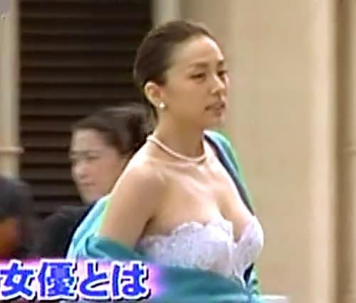 米倉涼子の完全ヌード写真