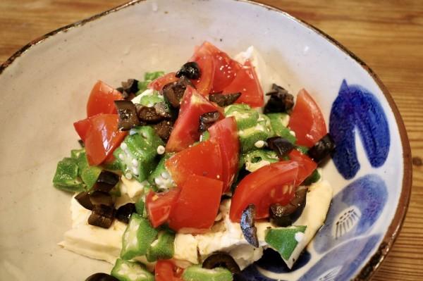 オクラ 豆腐 サラダ
