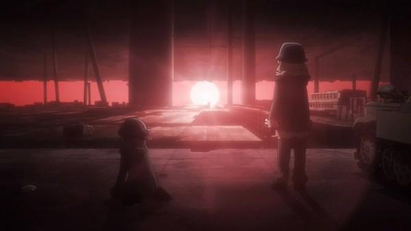 『少女終末旅行』10話感想 眩しい夕日!謎の生き物が仲間に