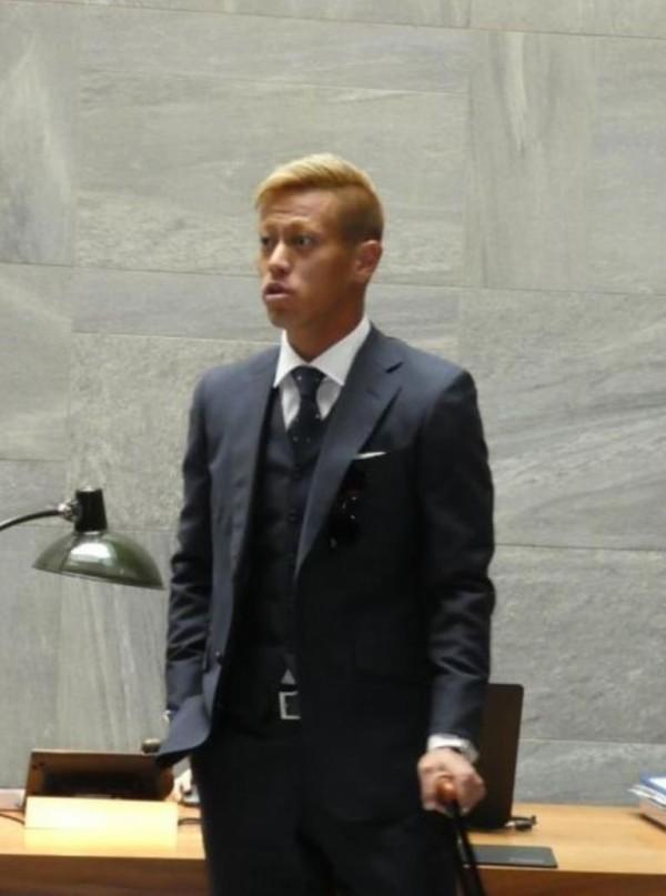 【 画像 】日本代表・本田圭佑、新ヘアースタイル!現地に専属美容師を呼びよせる!
