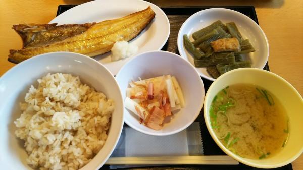 刑務所で出される飯を再現した定食が食べられる店wwwwwwwwwww (※画像あり)