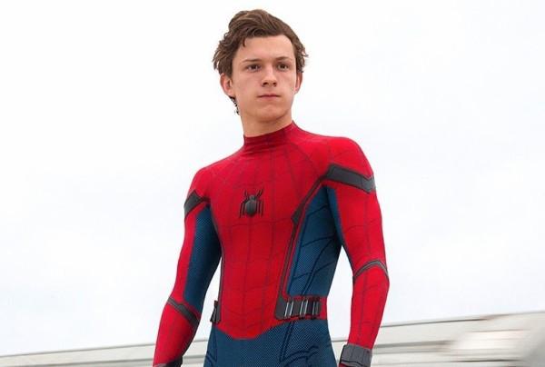 スパイダーマン 俳優