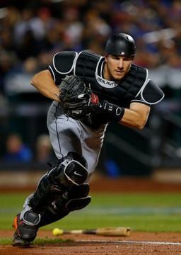 【悲報】MLBとNPBの捕手の打撃の差