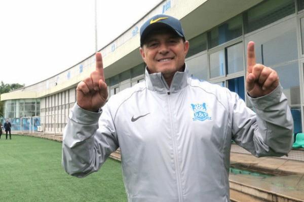 <ストイコビッチ監督>中国で直撃!「日本は私の第二の故郷だ。」 「いずれまた、日本に戻りたい」