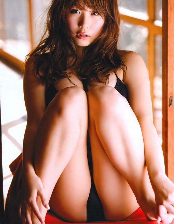 巨乳おっぱい西田麻衣のカラダのパーツの中で抜けるエロ画像下さい!画像6