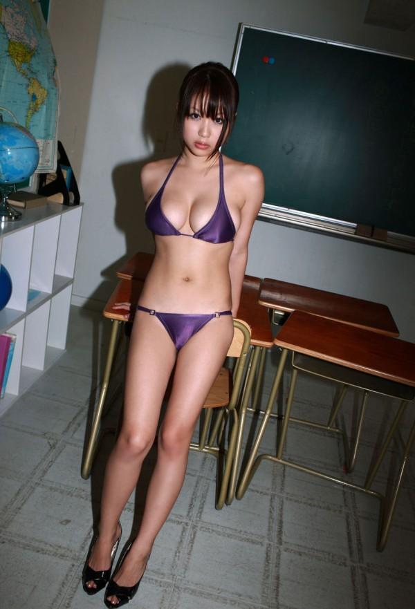 巨乳おっぱい西田麻衣のカラダのパーツの中で抜けるエロ画像下さい!画像11