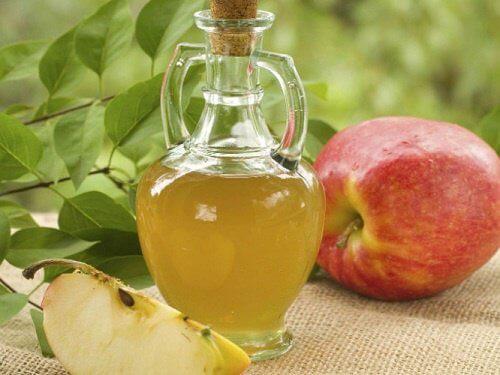 リンゴ酢飲み始めてる人すごい多いけど飲んだら絶対…!