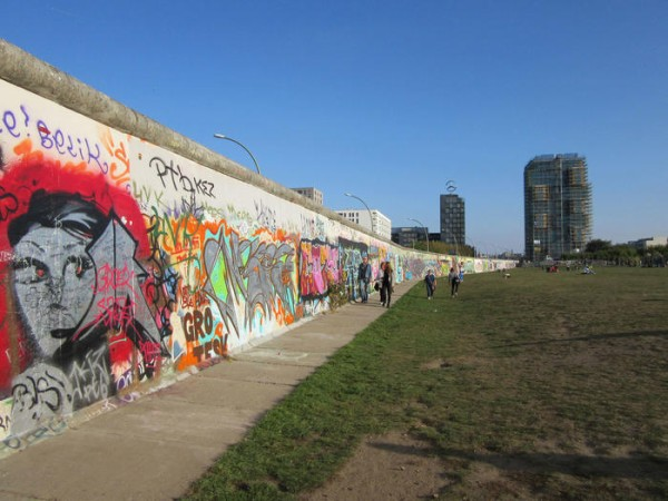 ベルリンの壁ってドイツを真っ二つにしてたんじゃないの!? 多くの人が勘違いしてると話題に・・・・・・