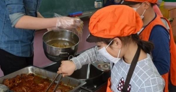 【画像注意】韓国の給食がすごすぎるwwwwwwwwwwwwwwwwwwwwwwww