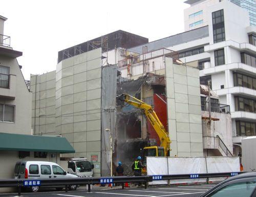 旧渋谷ビデオスタジオ裏のビルが... : MARS SUBMARINE