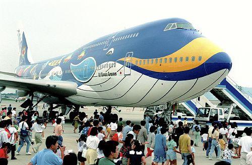 ジャンボ ジェット機