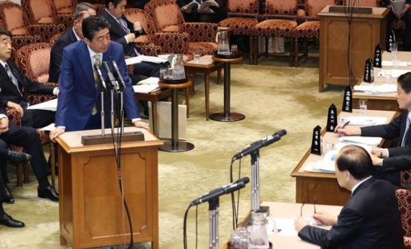 【速報】 安倍首相、自民党総裁引退!!!!