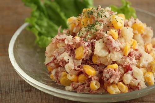 コンビーフ ポテト サラダ